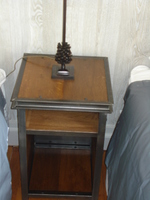Table de chevet acier massif et vernis
