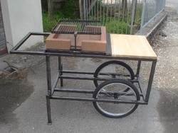 Barbecue sur roues, foyer céramique